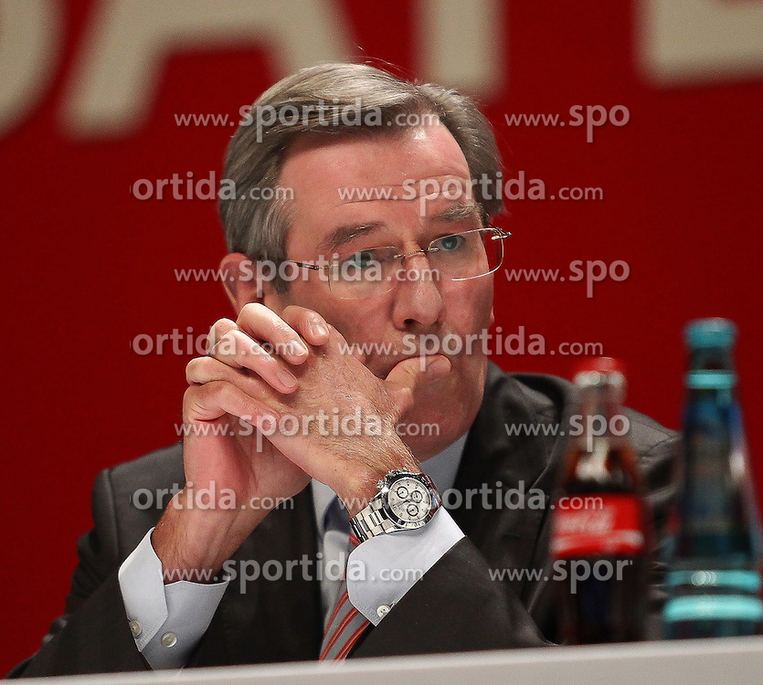 30.11.2010, Olympiahalle, Muenchen, GER, 1.FBL, Jahreshauptversammlung FC Bayern, im Bild Karl Hopfner , EXPA Pictures © 2010, PhotoCredit: EXPA/ nph/  Straubmeier       ****** out ouf GER ******