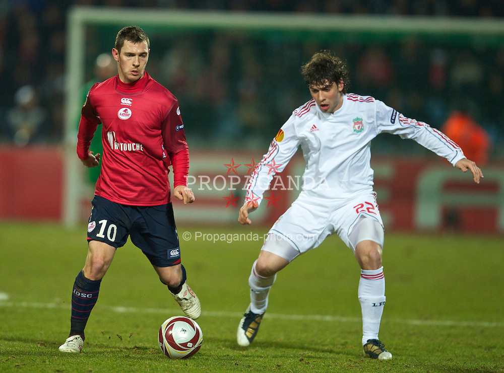 LILLE, FRANCE - Thursday, March 11, 2010: LOSC Lille Metropole's Ludovic Obraniak in action against  Liverpool's Emiliano Insua during the UEFA Europa League Round of 16 1st Leg match at the Stadium Lille-Metropole. (Photo by David Rawcliffe/Propaganda)
