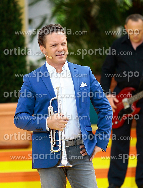14.06.2015, Europapark, Rust, GER, ARD TV Show, Immer wieder Sonntags, im Bild Stefan Mross mit Trompete // during the ARD TV Show &quot;Immer wieder Sonntags&quot; at the Europapark in Rust, Germany on 2015/06/14. EXPA Pictures &copy; 2015, PhotoCredit: EXPA/ Eibner-Pressefoto/ Goermer<br /> <br /> *****ATTENTION - OUT of GER*****