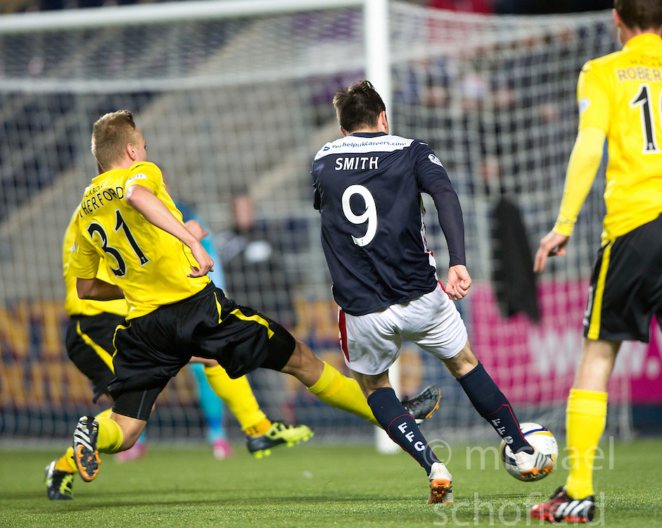 Falkirk's David Smith. <br /> Falkirk 0 v 0  Livingston, Scottish Championship game played 21/10/2014 at The Falkirk Stadium.