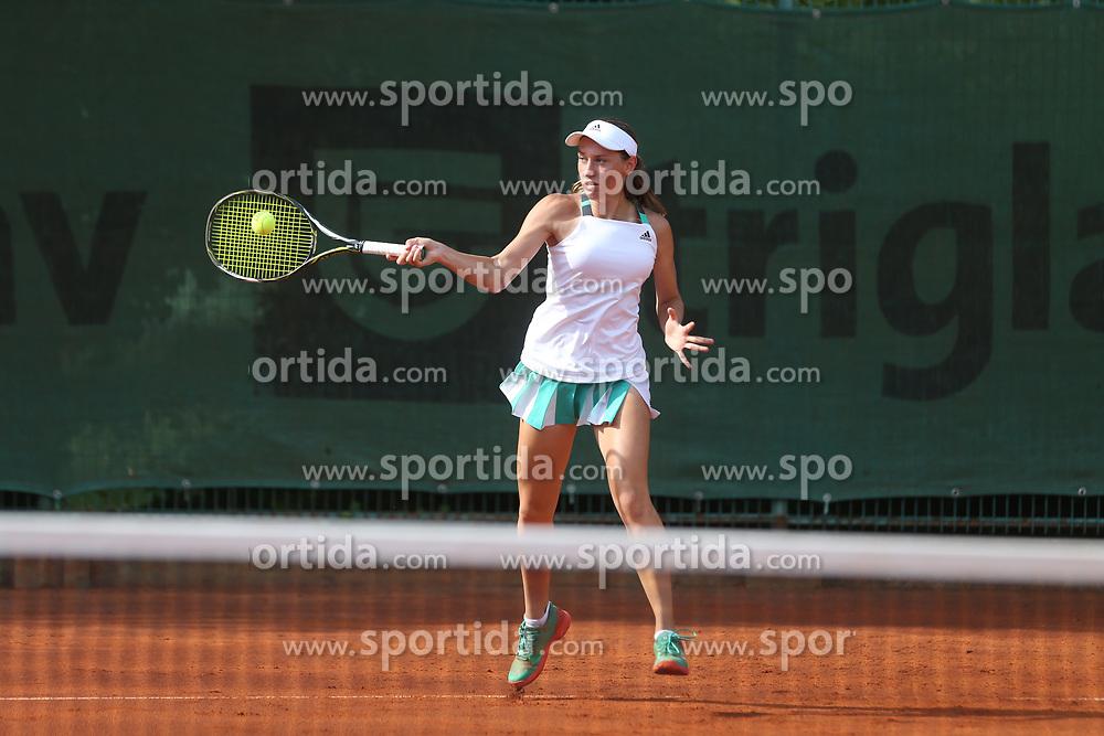 Kaja Juvan, Slovenian professional tennis player, 16 years old