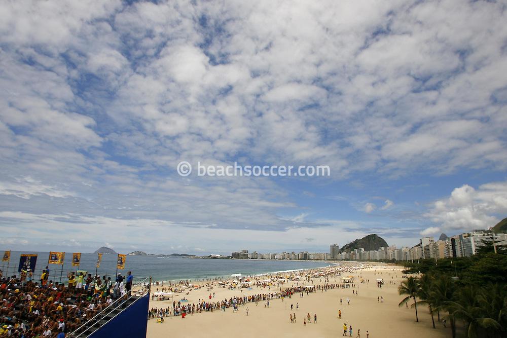 Football-FIFA Beach Soccer World Cup 2006 - Group A- Brazil - Japan, Beachsoccer World Cup 2006. The Copacabana's Beach    - Rio de Janeiro - Brazil 05/11/2006. Mandatory credit: FIFA/ Manuel Queimadelos