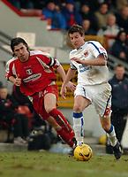 Photo: Ed Godden.<br />Leyton Orient v Carlisle United. Coca Cola League 2. 11/02/2006. <br />Carlisle's Michael Bridges (R), surges into the Leyton Orient half.