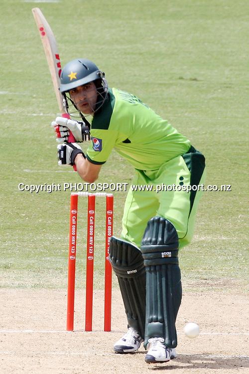 Umar Gul. Twenty20 Cricket, Auckland Aces v Pakistan, Colin Maiden Park, Auckland. Thursday 23 December 2010. Photo: Ella Brockelsby/photosport.co.nz