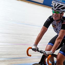 16-12-2016: Wielrennen: NK Baan Duur en Sprint: Apeldoorn (NED): Omnisport: Kirsten Wild wint samen met Nina Kessler de koppelkoers voor vrouwen