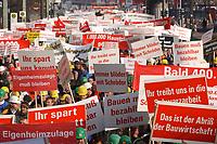 07 NOV 2002, BERLIN/GERMANY:<br /> Demonstraten mit Schildern, Demonstration gegen die Kuerzung der Eigenheimzulage, Karl-Liebknecht-Strasse<br /> IMAGE: 20021107-01-054<br /> KEYWORDS: Demo, Bau, Baugewerbe, Kürzung, Demostrant, demonstrator, Subventionen