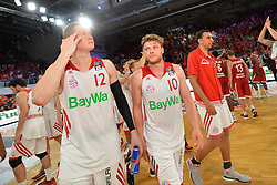 14.06.2015, Brose Arena, Bamberg, GER, Beko Basketball BL, Brose Baskets Bamberg vs FC Bayern Muenchen, Playoffs, Finale, 3. Spiel, im Bild Die Spieler des FC Bayern Muenchen Basketball frustriert nach der Niederlage gegen die Brose Baskets Bamberg. hier: (v.l.n.r.): Robin Benzing (FC Bayern Muenchen), Lucca Staiger (FC Bayern Muenchen) und Yassin Idbihi (FC Bayern Muenchen) // during the Beko Basketball Bundes league Playoffs, final round, 3rd match between Brose Baskets Bamberg and FC Bayern Muenchen at the Brose Arena in Bamberg, Germany on 2015/06/14. EXPA Pictures &copy; 2015, PhotoCredit: EXPA/ Eibner-Pressefoto/ Merz<br /> <br /> *****ATTENTION - OUT of GER*****