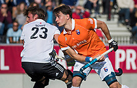 AMSTELVEEN  - Tim Swaen (Bldaal) scoort , hoofdklasse hockeywedstrijd heren Amsterdam-Bloemendaal (2-2). COPYRIGHT  KOEN SUYK