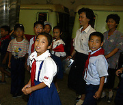 North Korean young students use subway in Pyongyang August 15, 2003. /Lee Jae-Won