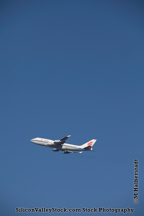 Air China Boeing 747-400 Taking off from San Francisco International Airport