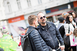 27.04.2019, Mariahilferstrasse, Wien, AUT, Die Grünen, Wahlkampfauftakt zur EU-Wahl. im Bild EU-Parlamentarier Michel Reimon // during campaign opening of the Austrian Greens due to European Elections in Vienna, Austria on 2019/04/27. EXPA Pictures © 2019, PhotoCredit: EXPA/ Michael Gruber