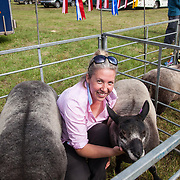 CR0002852 Kinross Show. Emma Lyle, Nether Pratis Farm, Leven with Mill End Yee Haa, overall champion in 1 shear and over class, Tup Lambs and Viewforth Cas, 1st in Tup Lamb class. 11 Aug 2018 © Copyright photograph by Tina Norris. Contact Tina on 07775 593 830 info@tinanorris.co.uk All print sales via Tina Norris. www.tinanorris.co.uk http://tinanorris.photoshelter.com
