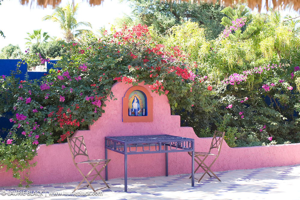 Colorful Mexican patio garden dining area