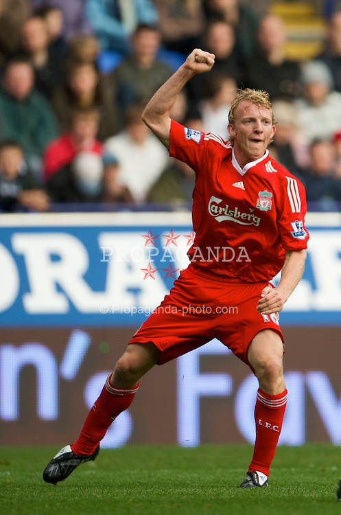 BOLTON, ENGLAND - Saturday, November 15, 2008: Liverpool's Dirk Kuyt celebrates scoring the opening goal against Bolton Wanderers during the Premiership match at the Reebok Stadium. (Photo by David Rawcliffe/Propaganda)