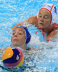 02.09.2010., Zagreb, CRO, LEN European Championship, Water Polo, Woman, Spain vs Hungary, im Bild Ildiko Toth, Ona Meseguer. EXPA Pictures © 2010, PhotoCredit: EXPA/ nph/ Marko Prpic +++++ ATTENTION - OUT OF GERAMANY / GER +++++