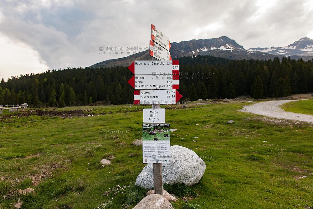 Trento - Dolomiti del Brenta. Ferro. . Panoramica.