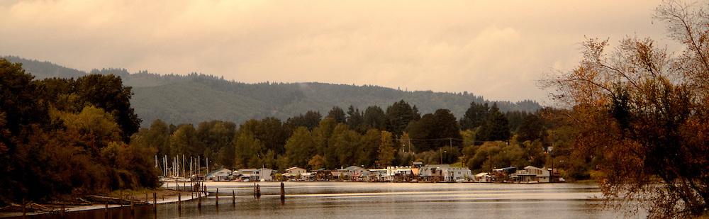 Sauvie Island Houseboats