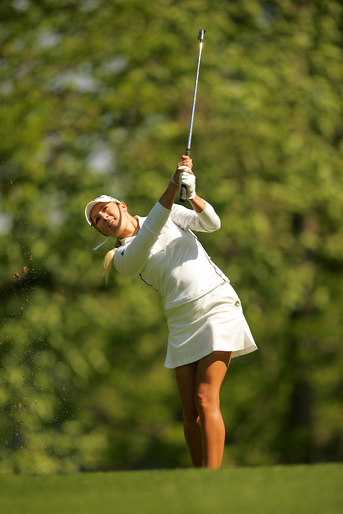 Natalie Gulbis.2005 Michelob Ultra Championship.Final Round.Kingsmill Resort.Williamsburg, VA.Sunday, May 8 2005..05-08-05..photograph by Darren Carroll.