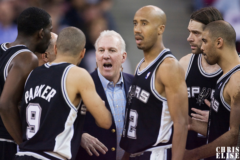 14 april 2008: Gregg Popovich, head coach of the San Antonio Spurs talks to Tony Parker during the San Antonio Spurs 101-98 victory over the Sacramento Kings, at the Arco Arena, in Sacramento, California, USA.