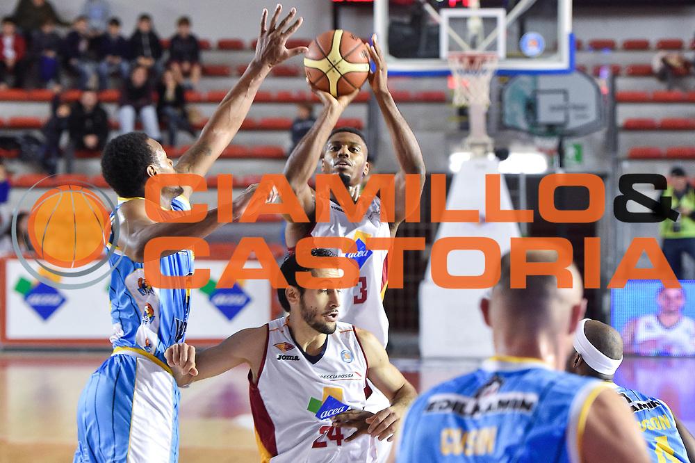 DESCRIZIONE : Roma Lega A 2014-15 Acea Roma vs Vanoli Basket Cremona<br /> GIOCATORE : Ejim Melvin<br /> CATEGORIA : Tiro<br /> SQUADRA : Acea Roma<br /> EVENTO : Campionato Lega A 2014-2015 GARA : Acea Roma vs Vanoli Basket Cremona<br /> DATA : 07/12/2014 <br /> SPORT : Pallacanestro <br /> AUTORE : Agenzia Ciamillo-Castoria/GiulioCiamillo <br /> Galleria : Lega Basket A 2014-2015 <br /> Fotonotizia : Acea Roma Lega A 2014-15 Acea Roma vs Vanoli Basket Cremona<br /> Predefinita :