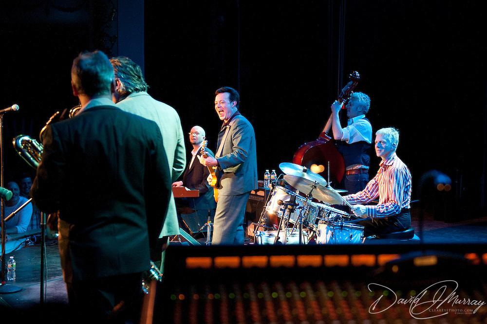 James Hunter Performs at The Music Hall, Portsmouth, NH. Kyle Koehler, Organ; Jason Wilson, Bass; James Hunter, Guitar & Vocals;