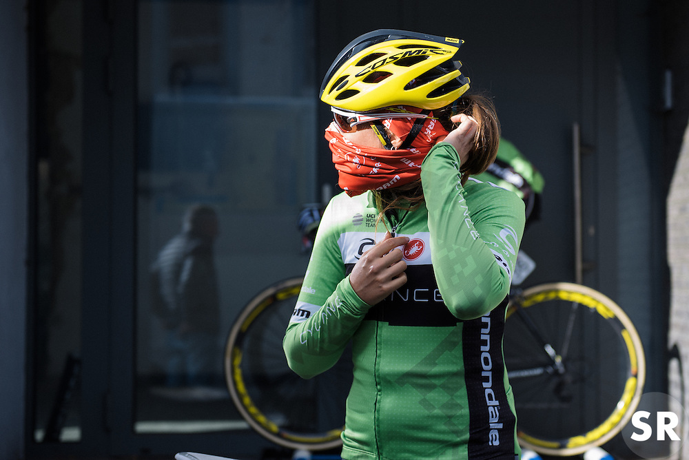 Sheyla Gutierrez wraps up to keep warm - Le Samyn des Dames 2016, a 113km road race from Quaregnon to Dour, on March 2, 2016 in Hainaut, Belgium.