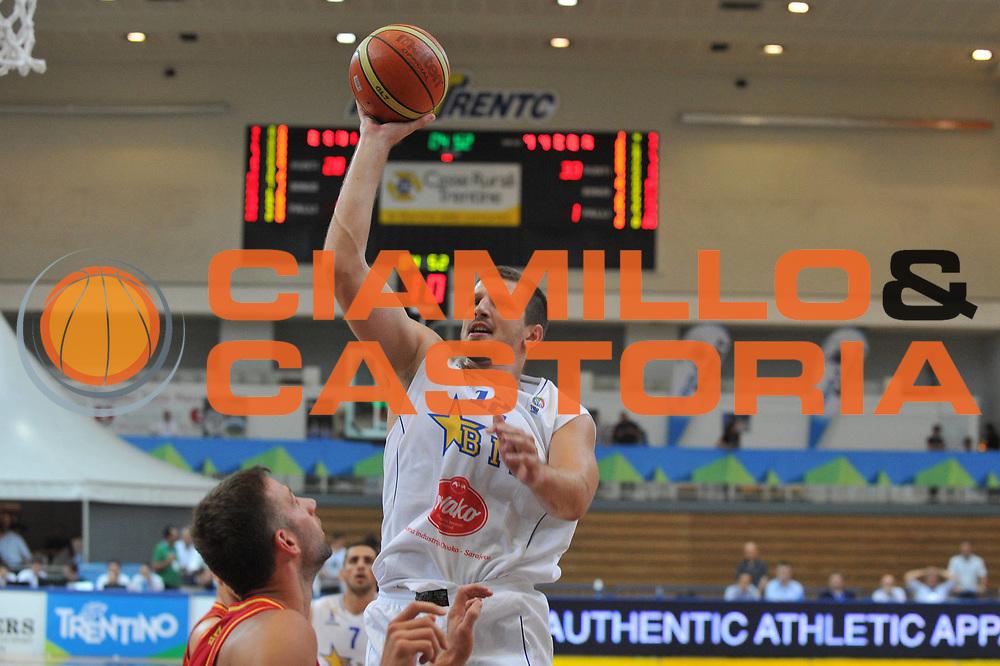 DESCRIZIONE : Trento Primo Trentino Basket Cup Bosnia Erzegovi Montenegro<br /> GIOCATORE : mirza teletovic<br /> CATEGORIA : tiro<br /> SQUADRA : Bosnia Erzegovi Montenegro<br /> EVENTO :  Trento Primo Trentino Basket Cup<br /> GARA : Bosnia Erzegovi Montenegro<br /> DATA : 25/07/2012<br /> SPORT : Pallacanestro<br /> AUTORE : Agenzia Ciamillo-Castoria/M.Gregolin<br /> Galleria : FIP Nazionali 2012<br /> Fotonotizia : Trento Primo Trentino Basket Cup Bosnia Erzegovi Montenegro<br /> Predefinita :