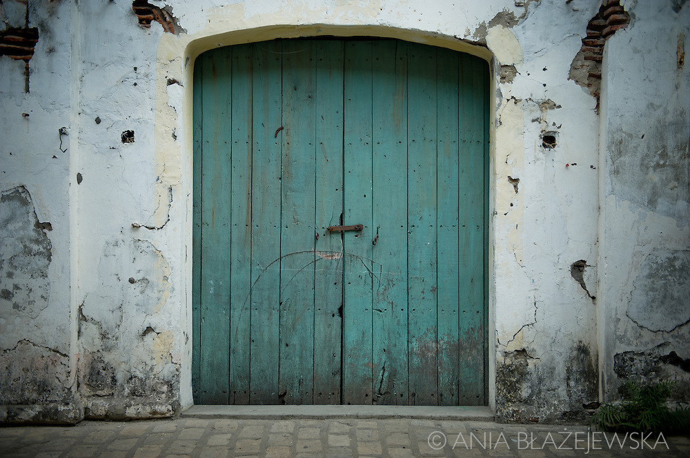 Old doors in Vigan.<br />