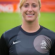 NLD/Velsen/20130701 - Selectie Nederlands Dames voetbal Elftal, keepster Loes Geurts
