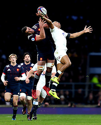 Jonathan Joseph of England challenges Louis Picamoles of France - Mandatory by-line: Robbie Stephenson/JMP - 04/02/2017 - RUGBY - Twickenham - London, England - England v France - RBS Six Nations