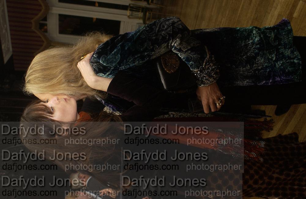 India Jane Birley and Princess Michael of Kent, Catherine de Medici by Leonie Frieda book party, English Speaking Union. 3 February 2004. © Copyright Photograph by Dafydd Jones 66 Stockwell Park Rd. London SW9 0DA Tel 020 7733 0108 www.dafjones.com