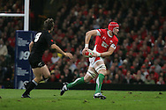 Alun-Wyn Jones of Wales. Invesco Perpetual series, autumn international, Wales v New Zealand at the Millennium stadium in Cardiff  on Sat 7th Nov 2009. pic by Andrew Orchard, Andrew Orchard sports photography.  EDITORIAL USE ONLY