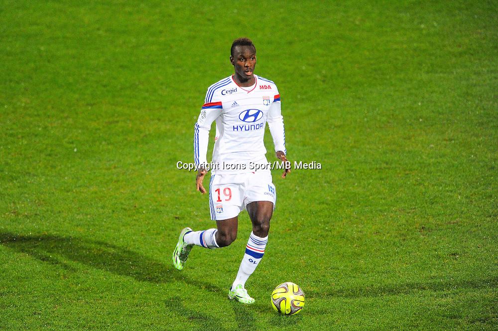 Mohamed YATTARA  - 04.12.2014 - Lyon / Reims - 16eme journee de Ligue 1  <br /> Photo : Jean Paul Thomas / Icon Sport