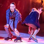 NLD/Hilversum/20130126 - 5e Liveshow Sterren Dansen op het IJs 2013, Monsif Bakkali en schaatspartner Patti Petrus