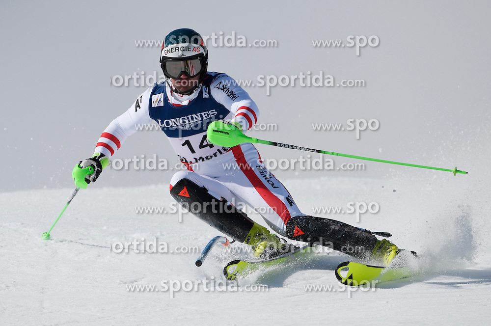13.02.2017, St. Moritz, SUI, FIS Weltmeisterschaften Ski Alpin, St. Moritz 2017, alpine Kombination, Herren, Slalom, im Bild Vincent Kriechmayr (AUT) // Vincent Kriechmayr of Austria in action during his run of Slalom competition for the men's Alpine combination of the FIS Ski World Championships 2017. St. Moritz, Switzerland on 2017/02/13. EXPA Pictures &copy; 2017, PhotoCredit: EXPA/ Sammy Minkoff<br /> <br /> *****ATTENTION - OUT of GER*****