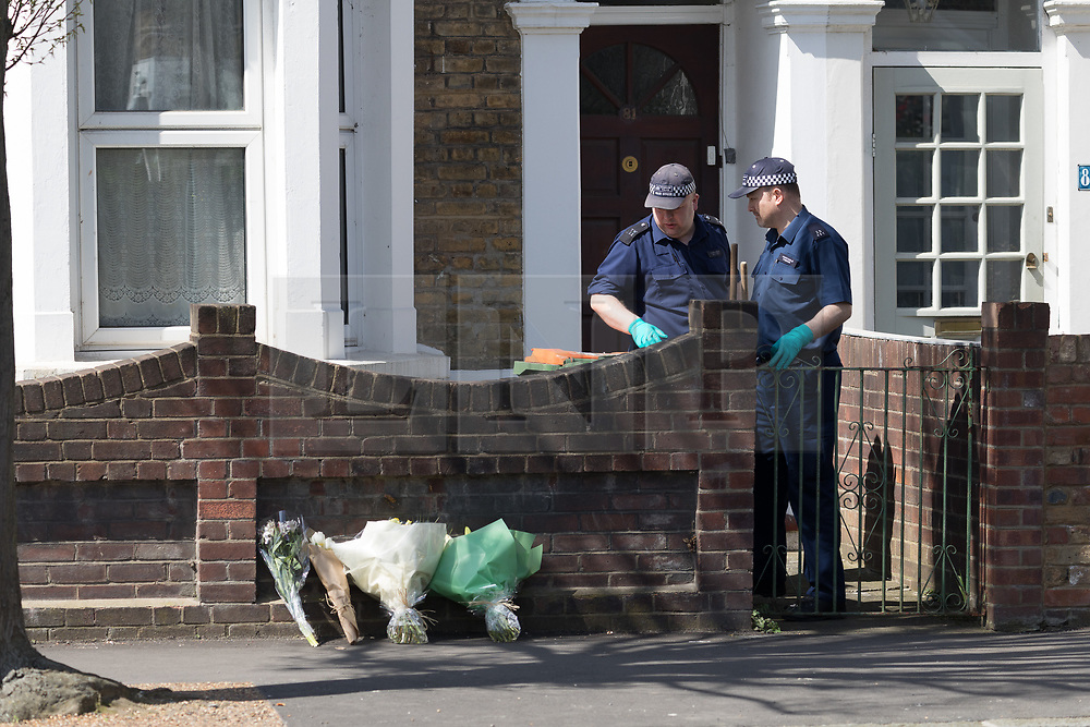 © Licensed to London News Pictures. 17/04/2018. London, UK. Police search teams at the crime scene cordon at Chestnut Avenue in Forest Gate, east London where a teenager was fatally stabbed last night. Police were called to the stabbing in Chestnut Avenue at around 22:50 on Monday 16th April and attended along with London Ambulance Services and paramedics from London's Air Ambulance. The victim, believed to be an 18 year old man was pronounced dead at the scene. This is the 60th killing of the year so far in London.. Photo credit: Vickie Flores/LNP