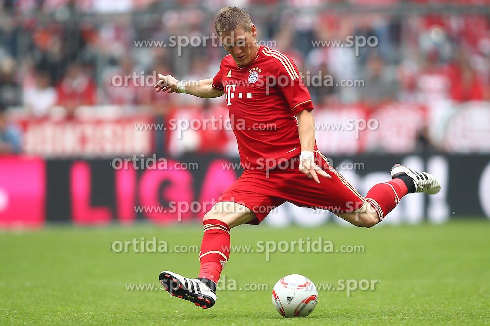 14.05.2011, Allianz Arena, Muenchen, GER, 1.FBL, FC Bayern Muenchen vs VfB Stuttgart, im Bild  Bastian Schweinsteiger (Bayern #31) , EXPA Pictures © 2011, PhotoCredit: EXPA/ nph/  Straubmeier       ****** out of GER / SWE / CRO  / BEL ******
