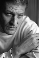 Actor Sean Bean photographed in The Shelbourne Hotel in Dublin Ireland 3/3/1996 Pic:Marc O'Sullivan