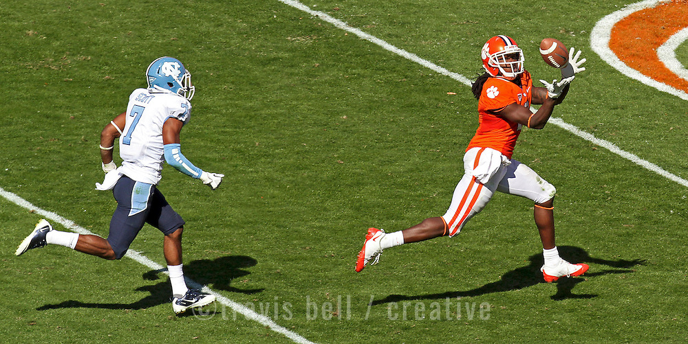 Clemson's Sammy Watkins hauls in a touchdown catch in front of North Carolina's Tim Scott during third-quarter action in Clemson, S.C. on Saturday, Sept. 22, 2011. (Photo by Travis Bell/Sideline Carolina)