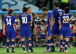 Head coach Slaven Bilic and Croatian team during the UEFA EURO 2008 Quarter-Final soccer match between Croatia and Turkey at Ernst-Happel Stadium, on June 20,2008, in Wien, Austria.  (Photo by Vid Ponikvar / Sportal Images)