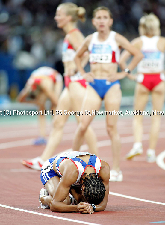 Kelly Holmes wins the Women's 1500m Final. Olympic Stadium, Athens, Greece.<br />