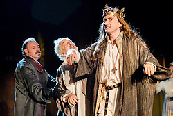 © Licensed to London News Pictures. 16/10/2013. EMBARGOED until 19.00 hrs 17/10/2013. The Royal Shakespeare Company presents Richard II, starring David Tennant as Richard.  Richard II is the first production in a new cycle of Shakespeare's History plays, directed by RSC Artistic Director Gregory Doran, to be performed over the coming seasons. Picture features Sean Chapman (Northumberland), Michael Pennington (John of Gaunt) & David Tennant (Richard). Photo credit: Tony Nandi/LNP.