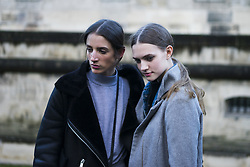 March 4, 2018 - Paris, France - A guest during Paris Fashion Week Womenswear Fall/Winter 2018/2019, on March 4, 2018 in Paris, France. (Credit Image: © Nataliya Petrova/NurPhoto via ZUMA Press)