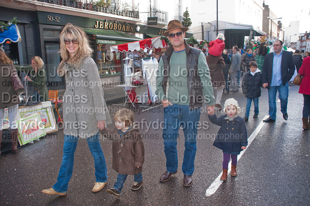 NICOLA FORNBY; A.A. GILL, Belgravia Christmas Sunday. Elizabeth Street, Motcomb Street and Pimlico Rd. various Christmas activities. Father Christmas will also visited each street on his sleigh pulled by his reindeer. London. 6 December 2009<br />  <br />  *** Local Caption *** -DO NOT ARCHIVE-© Copyright Photograph by Dafydd Jones. 248 Clapham Rd. London SW9 0PZ. Tel 0207 820 0771. www.dafjones.com.<br /> NICOLA FORNBY; A.A. GILL, Belgravia Christmas Sunday. Elizabeth Street, Motcomb Street and Pimlico Rd. various Christmas activities. Father Christmas will also visited each street on his sleigh pulled by his reindeer. London. 6 December 2009