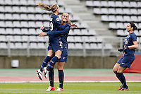 FOOTBALL - FRENCH WOMEN CHAMPIONSHIP 2012/2013 - D1 - PARIS SAINT GERMAIN VS ARRAS - 14/10/2012 - KOSOVARE ASSLLANI (PARIS SAINT-GERMAIN), KHEIRA HAMRAOUI (PARIS SAINT-GERMAIN)