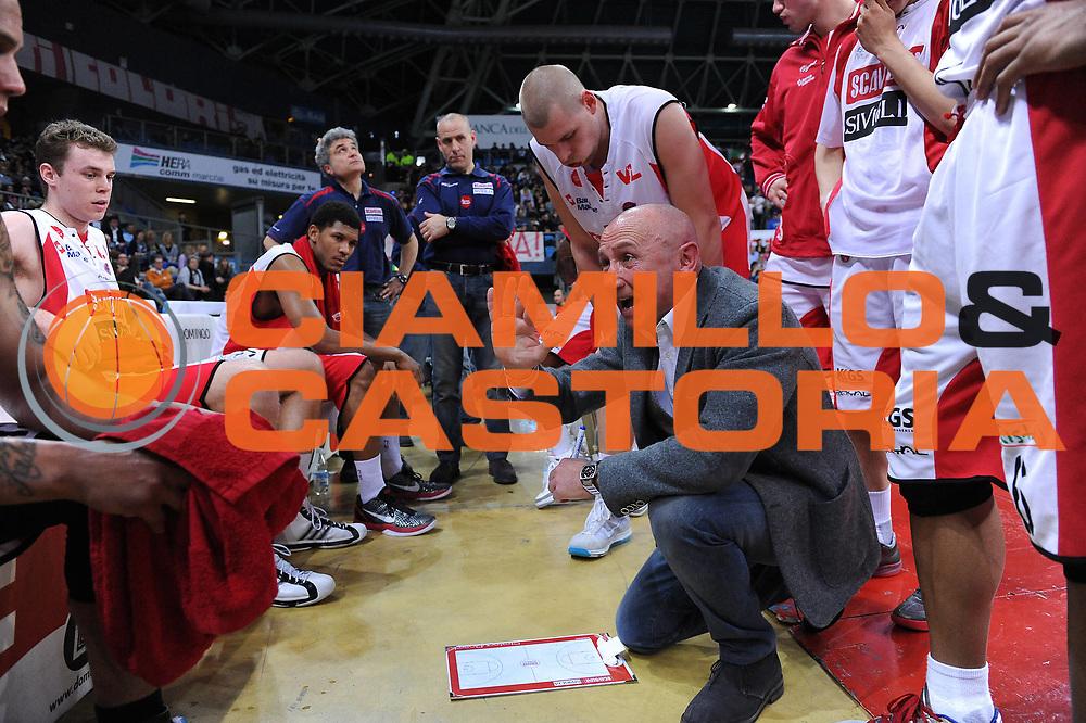 DESCRIZIONE : Pesaro Lega A 2010-11 Scavolini Siviglia Pesaro Benetton Treviso<br /> GIOCATORE : Luca Dalmonte<br /> SQUADRA : Scavolini Siviglia Pesaro<br /> EVENTO : Campionato Lega A 2010-2011<br /> GARA : Scavolini Siviglia Pesaro Benetton Treviso<br /> DATA : 19/03/2011<br /> CATEGORIA : timeout<br /> SPORT : Pallacanestro<br /> AUTORE : Agenzia Ciamillo-Castoria/M.Marchi<br /> Galleria : Lega Basket A 2010-2011<br /> Fotonotizia : Pesaro Lega A 2010-11 Scavolini Siviglia Pesaro Benetton Treviso<br /> Predefinita :