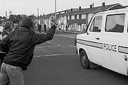 Striking miner vents his anger at police in Rossington, 1984 Miners Strike. Oct 1984...&copy; Martin Jenkinson<br />
