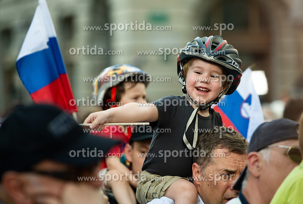 Fans during reception of best Slovenian riders after Giro d'Italia 2019 and Tour of California 2019, on June 3rd, 2019, in Mestni trg, Ljubljana, Slovenia. Photo by Vid Ponikvar / Sportida
