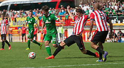 27.07.2014, Sportplatz, Fügen, AUT, FS Vorbereitung, Testspiel, SV Werder Bremen vs Atletico Bilbao, im Bild Tim Bartels, Aymeric Laporte (Atletico Bilbao) und Erik Moran (Atletico Bilbao) // during a friendly Match between SV Werder Bremen and Atletico Bilbao at the football stadium in Fügen, Austria on 2014/07/27. EXPA Pictures © 2014, PhotoCredit: EXPA/ Jakob Gruber