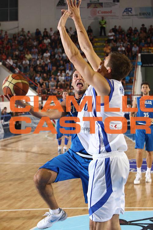 DESCRIZIONE : Porto San Giorgio Eurobasket Men 2009 Additional Qualifying Round Italia Finlandia<br /> GIOCATORE : Jacopo Giachetti<br /> SQUADRA : Italia Italy Nazionale Italiana Maschile<br /> EVENTO : Eurobasket Men 2009 Additional Qualifying Round <br /> GARA : Italia Finlandia Italy Finland<br /> DATA : 20/08/2009 <br /> CATEGORIA :  tiro penetrazione<br /> SPORT : Pallacanestro <br /> AUTORE : Agenzia Ciamillo-Castoria/C.De Massis